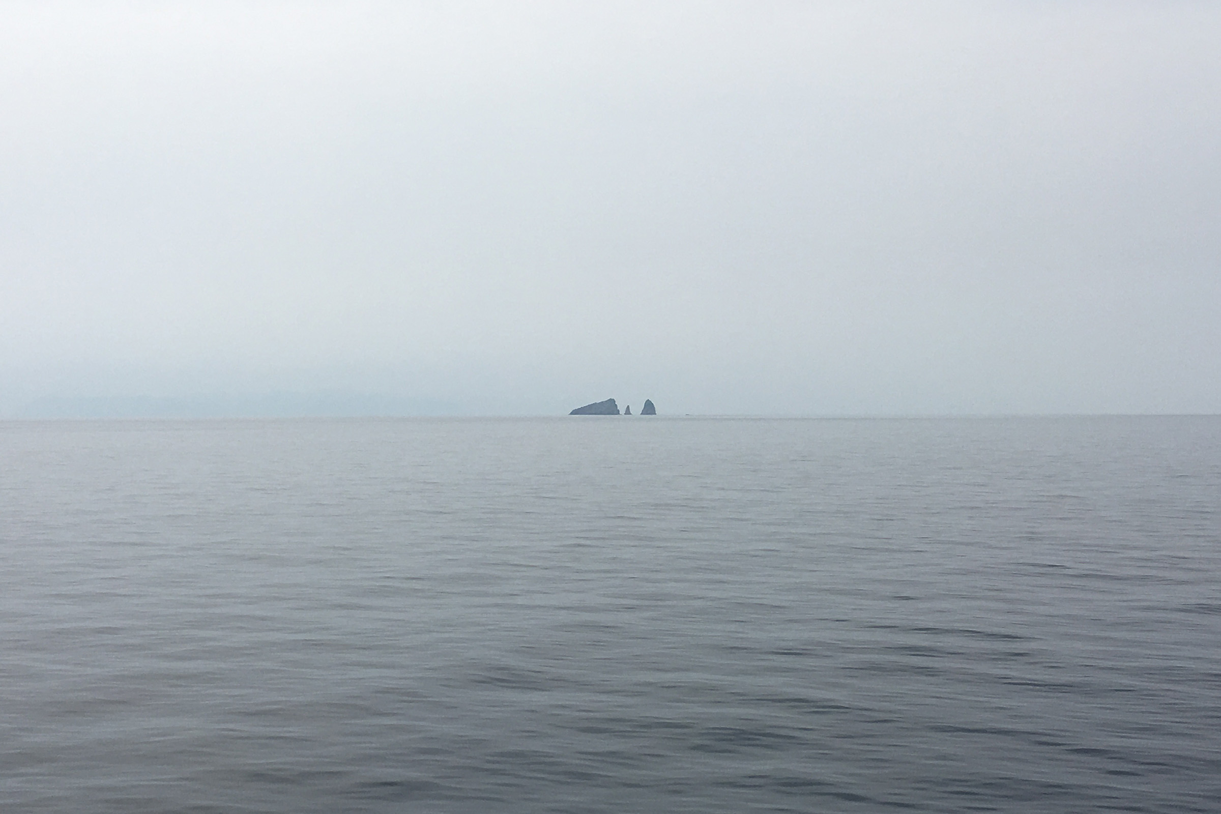 ダイヤモンドプリンセスから見た島?