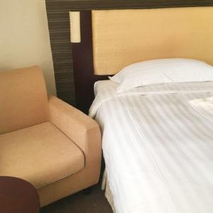 ROYAL@QUEENSホテル室内